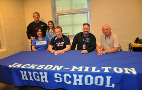 From Blue Jay to Terrier, Senior Anthony Italiano commits to Hiram College