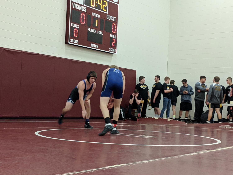 Hunter Nitzsky begins his match